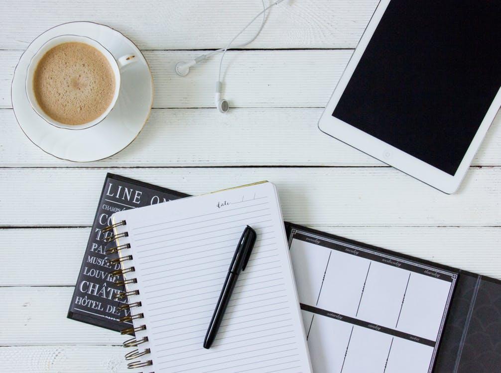 coffee-tablet-headphones-work-163187